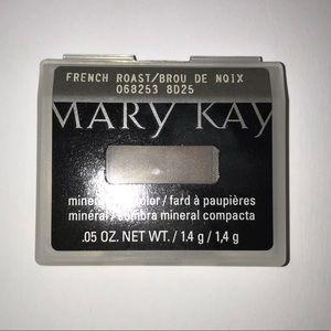 NIB Mary Kay French Roast Mineral Eye Color